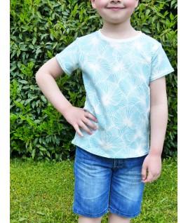 Un super T-shirt aux motifs de petites feuilles