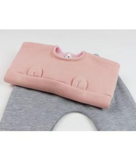 Avec le sarouel pour bébé, cela en fait une très jolie tenue pour l'hiver