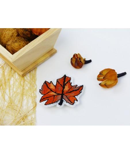 La broche Feuille d'automne