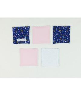 Ce lot de 5 lingettes aux couleurs harmonieuses avec un tissue éponge bio très doux