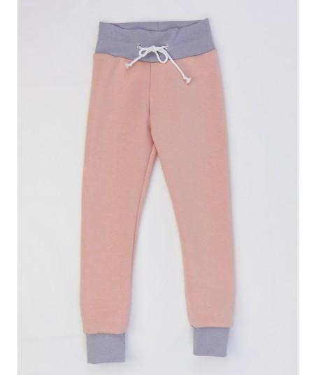Le pantalon de jogging très confortable et tout doux