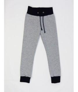 Le pantalon gris enfant