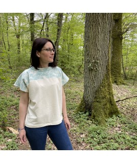 Prête pour une balade dans les bois avec cette tenue décontractée