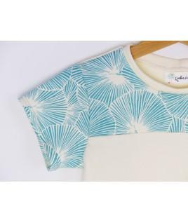 Les finitions de grande qualité de ce t-shirt cousu main